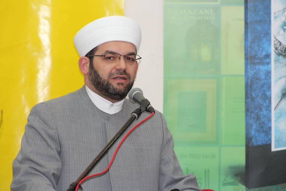 Muhamed B. Sytari –   Elhamdulilah për udhëzimin në Islam.., vetëm kaq!